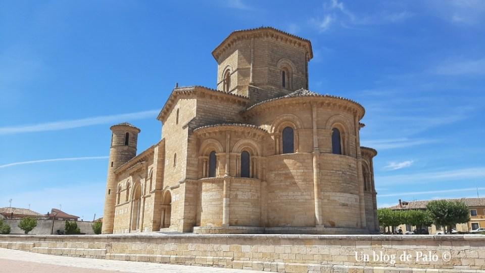 Vistas de la iglesia de San Martín de Fromista