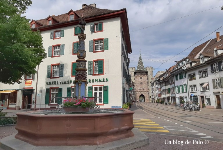 Una de las puertas de la ciudad de Basilea