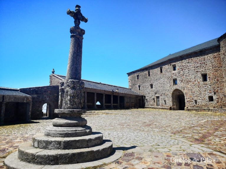 Vistas del Santuario de la Peña de Francia
