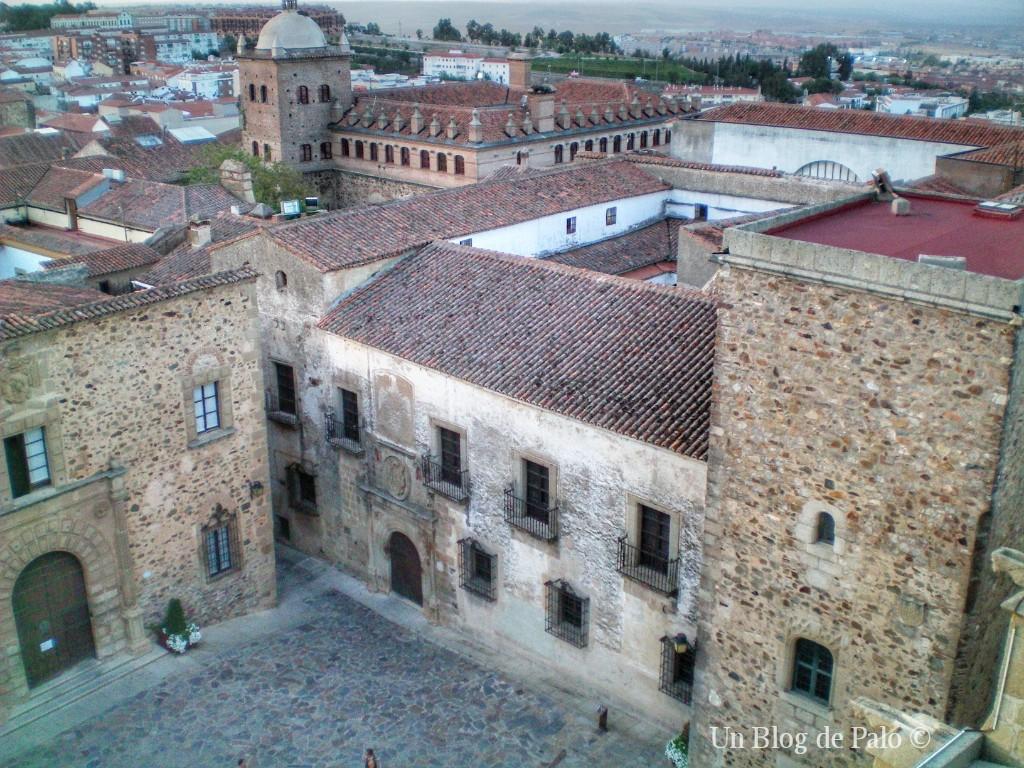 Vistas hacia la Plaza de Santa María en Cáceres