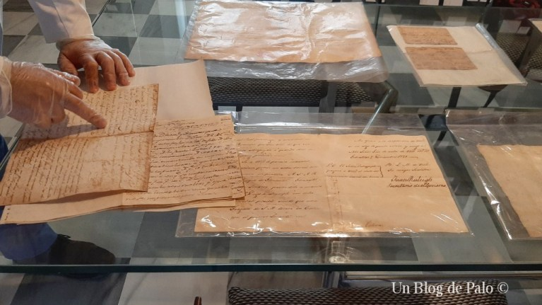 Algunos documentos del archivo histórico