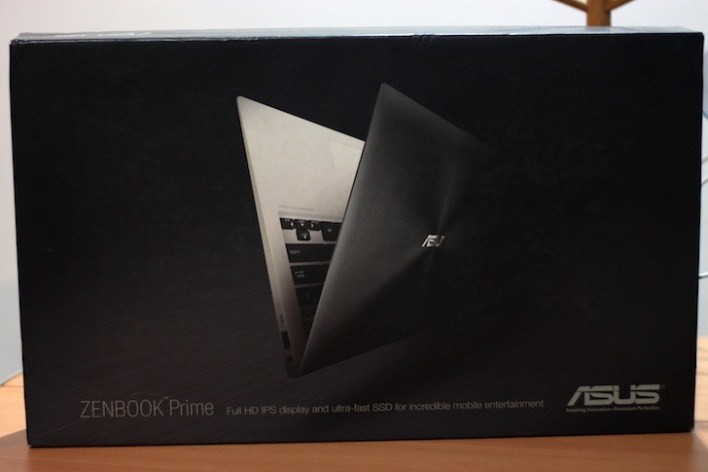 ASUS definitely knows how to package their goods