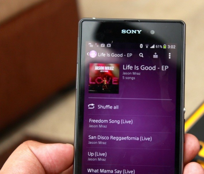 Sony Walkman app offers a lot of features and it looks crazy good