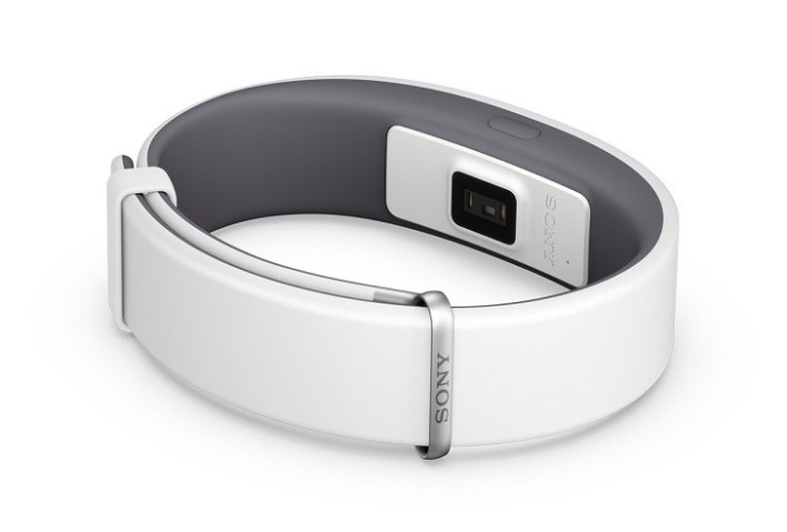 That sensor at the back of the band is what tracks your heart rate