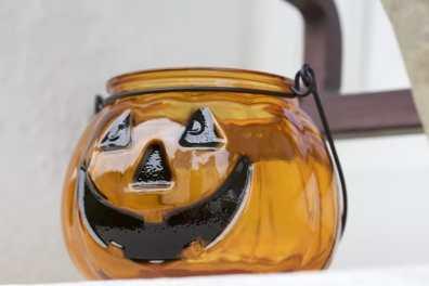 Un Un photophore citrouille pour halloween citrouille