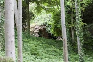Grotte du parc du château de Monte-Cristo