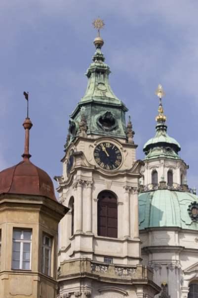 Vue sur Saint Nicolas à Prague
