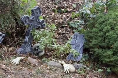 Le jardin décoré pour Halloween