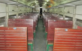 train vietnam hard seat