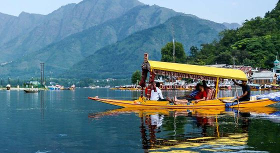 Srinagar - honeymoon destination in India