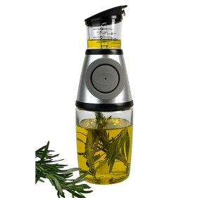 Kitchen gadget. Press and Measure Herb Infuser