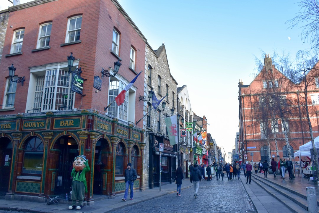 rue temple bar dublin-2