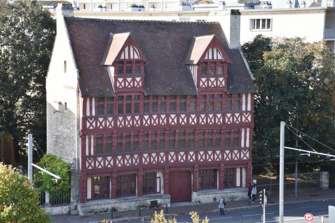 Maison des Quatrans à Caen
