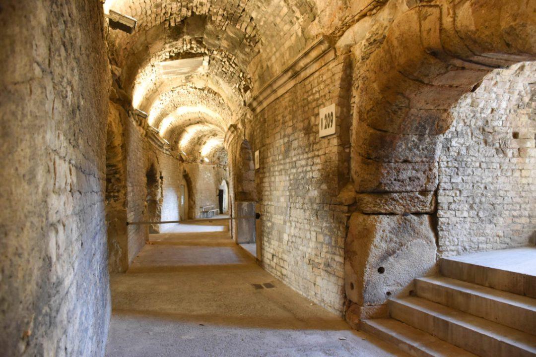 Les couloirs des arènes de Nimes