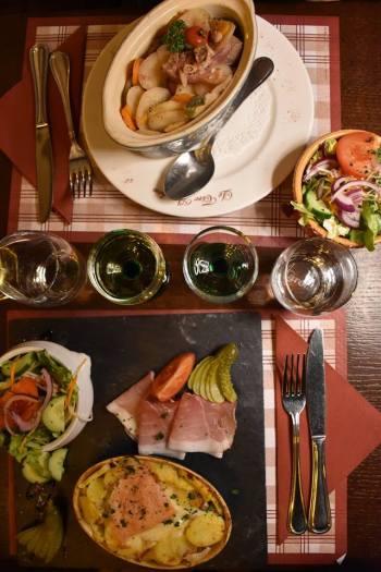 Baeckeoffe & Munstiflette; deux spécialités alsaciennes délicieuses