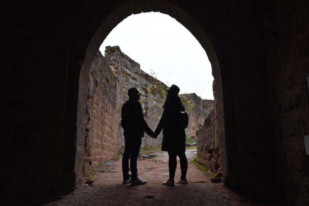 A l'intérieur du Château fort de Fleckenstein en amoureux