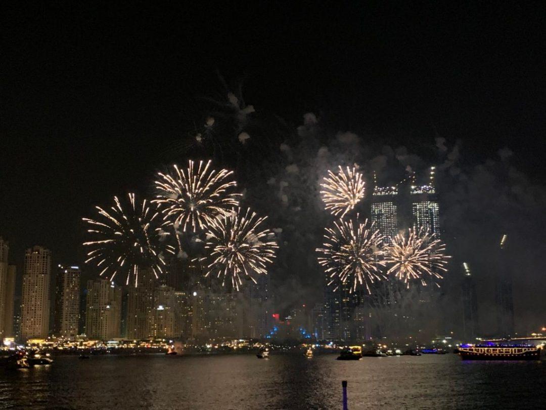 Feu d'artifice à Dubai Marina