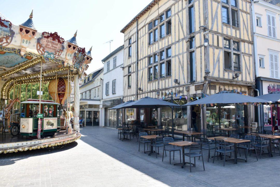Place alexandre israël à Troyes