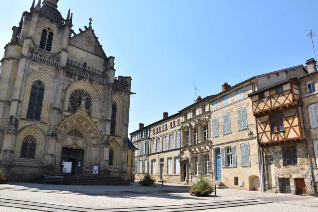 Place Saint Pierre de Bar le Duc