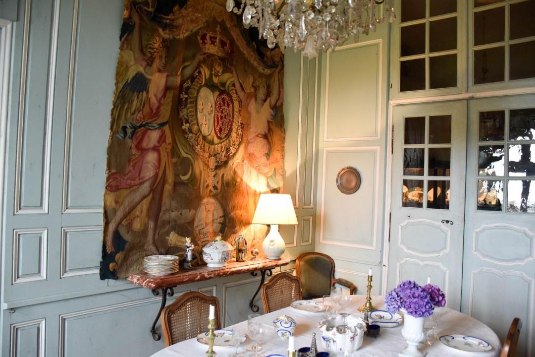 Tapisserie d'Aubusson au chateau de Villemonteix