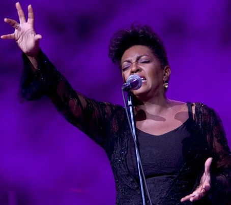 Anita Baker Singing