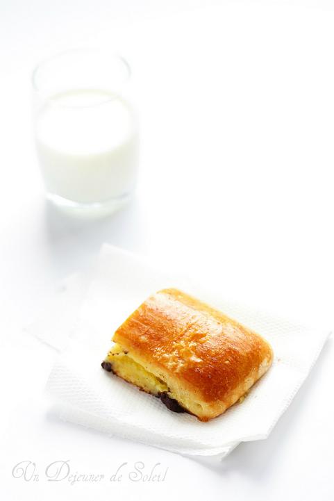 Brioche suisse la cr me p tissi re et p pites de chocolat un d jeuner de soleil - Creme patissiere chocolat blanc ...
