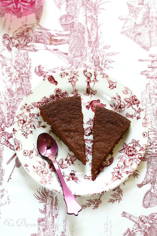 Gâteau au chocolat aux blancs d'oeuf