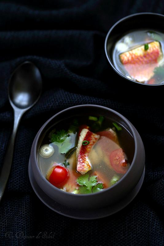 Soupe de rougets thaïe