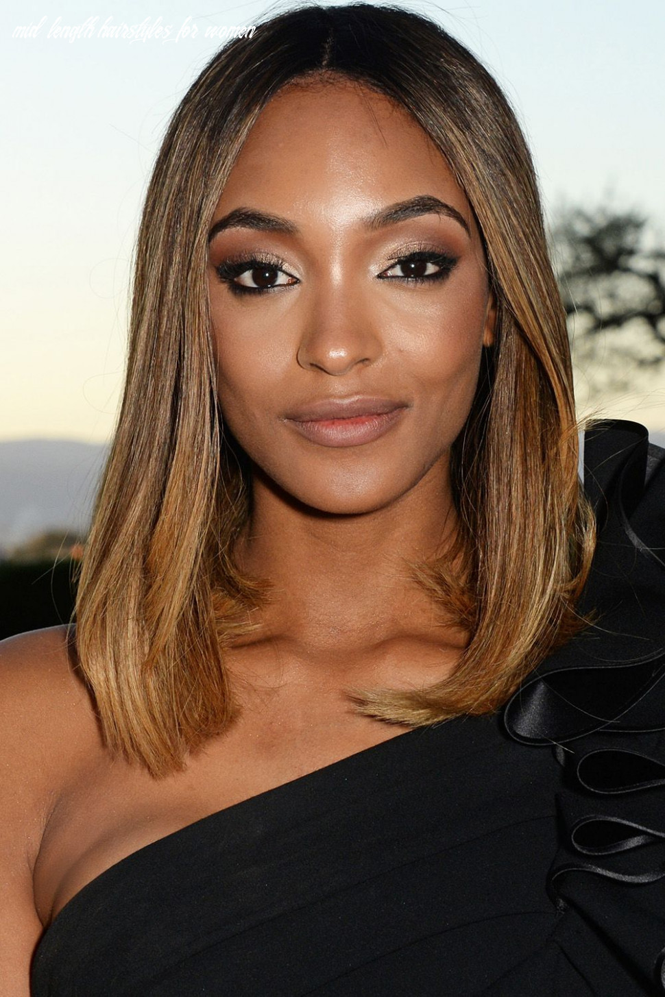 12 best medium hairstyles celebrities with shoulder length haircuts mid length hairstyles for women