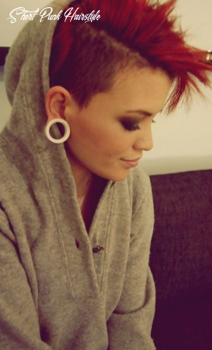 Medium hairstyles to make you look younger | short red hair, short
