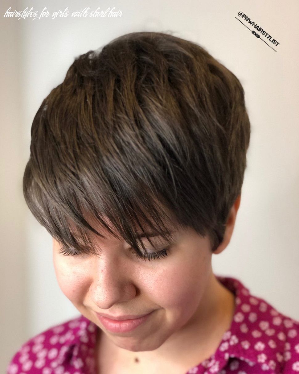 The 11 best short hairstyles for thick hair to be easier to manage hairstyles for girls with short hair