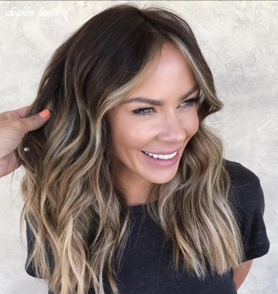 The most flattering medium length brown hairstyles to try in 9