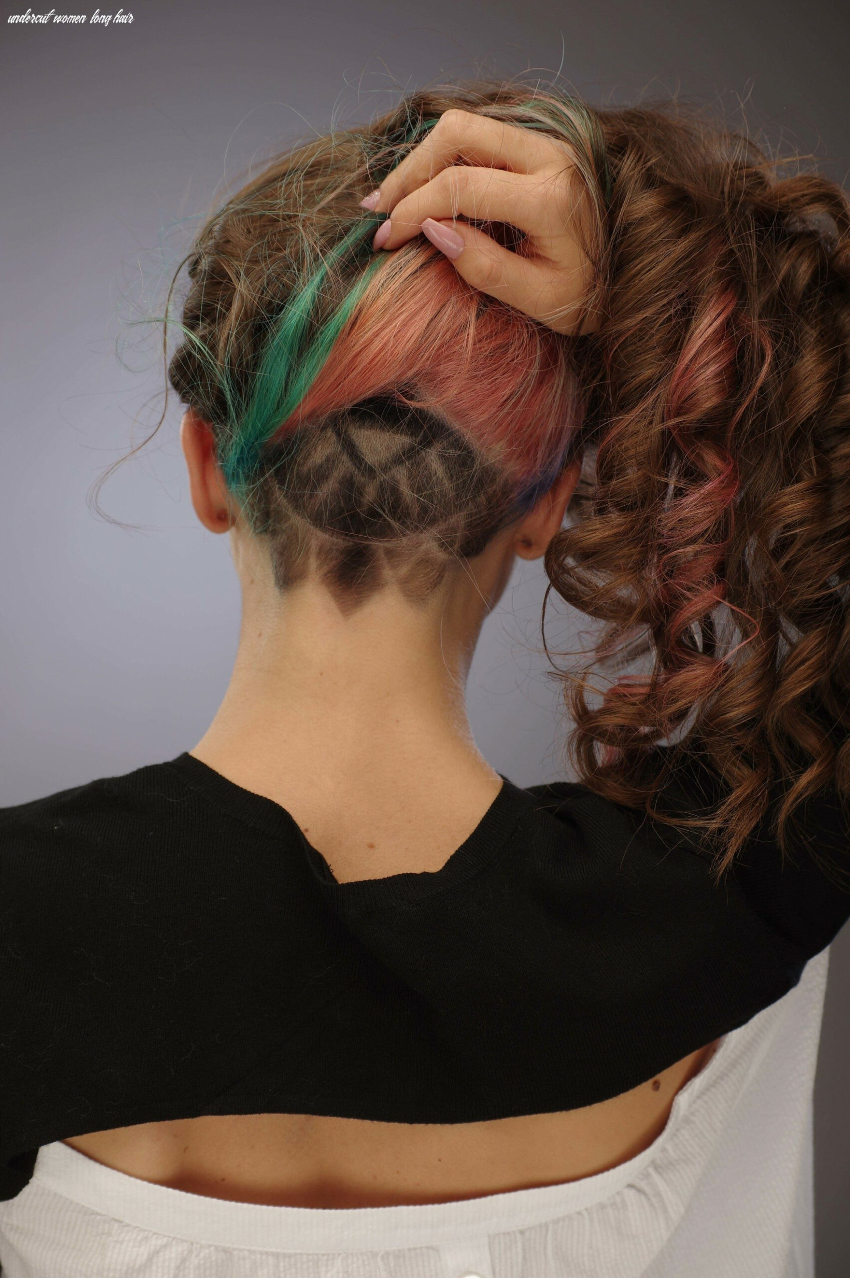 Undercut for women: the ideal way to manage thick and long hair undercut women long hair