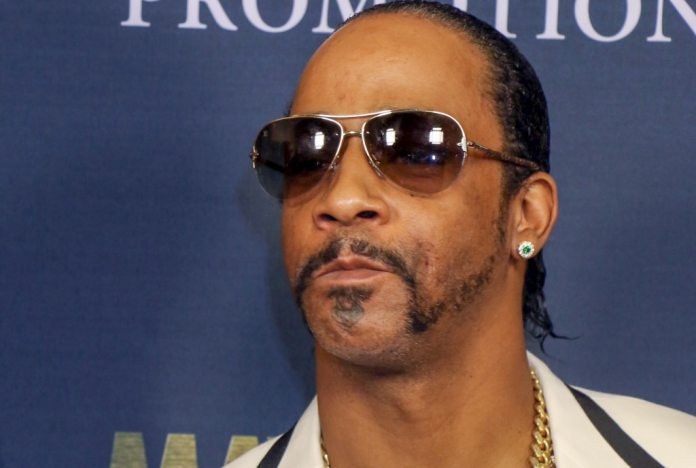 What happened between Katt Williams and Wanda Smith's husband at the Atlanta Comedy Theater?