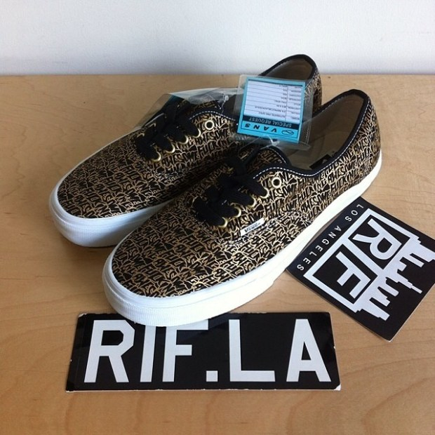 """via IG! @rifdos: SAMPLE Vans Syndicate x Fucking Awesome - Authentic """"S"""" Black/Gold #underthepalms"""