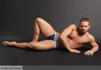 pump-free-fit-jock-access-trunk-11