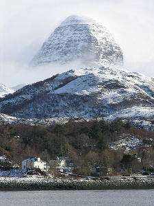 Reverse Falls Will Wallpaper Suilven Feature Page On Undiscovered Scotland