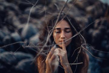 une romero scha-ki con inteligencia emocional, crecimiento personal, chamanismo y autoayuda