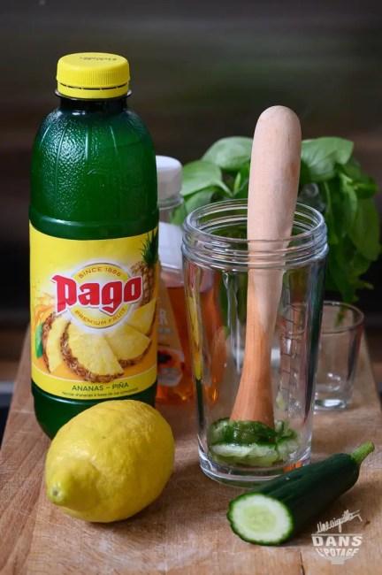 ingrédients pour mocktail ananas concombre basilic