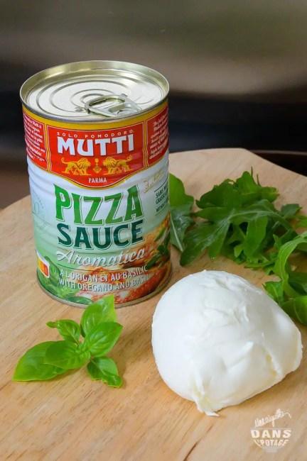 garniture et sauce mutti pour pizza