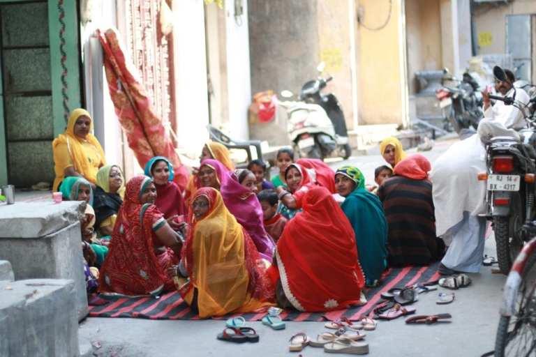 Rajasthani women gather on the street for chai  Photo by Jenna Kunze