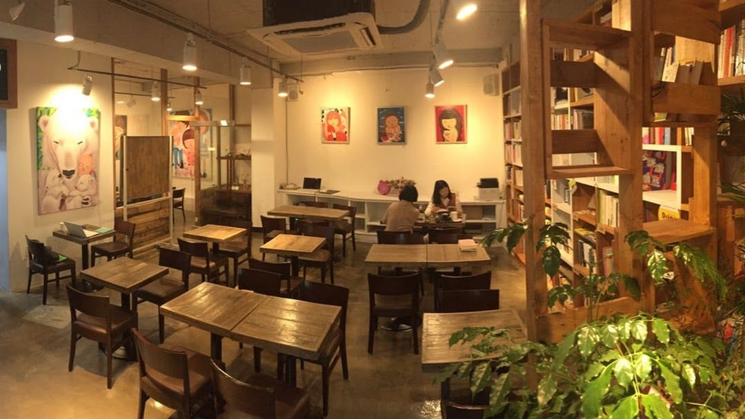 Inside of the Doing Cafe in Seoul | ©Courtesy of Doing Cafe
