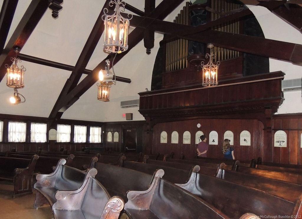 Interior of the Witch Dungeon in Salem, Mass. | © Pinterest/Anna Marie