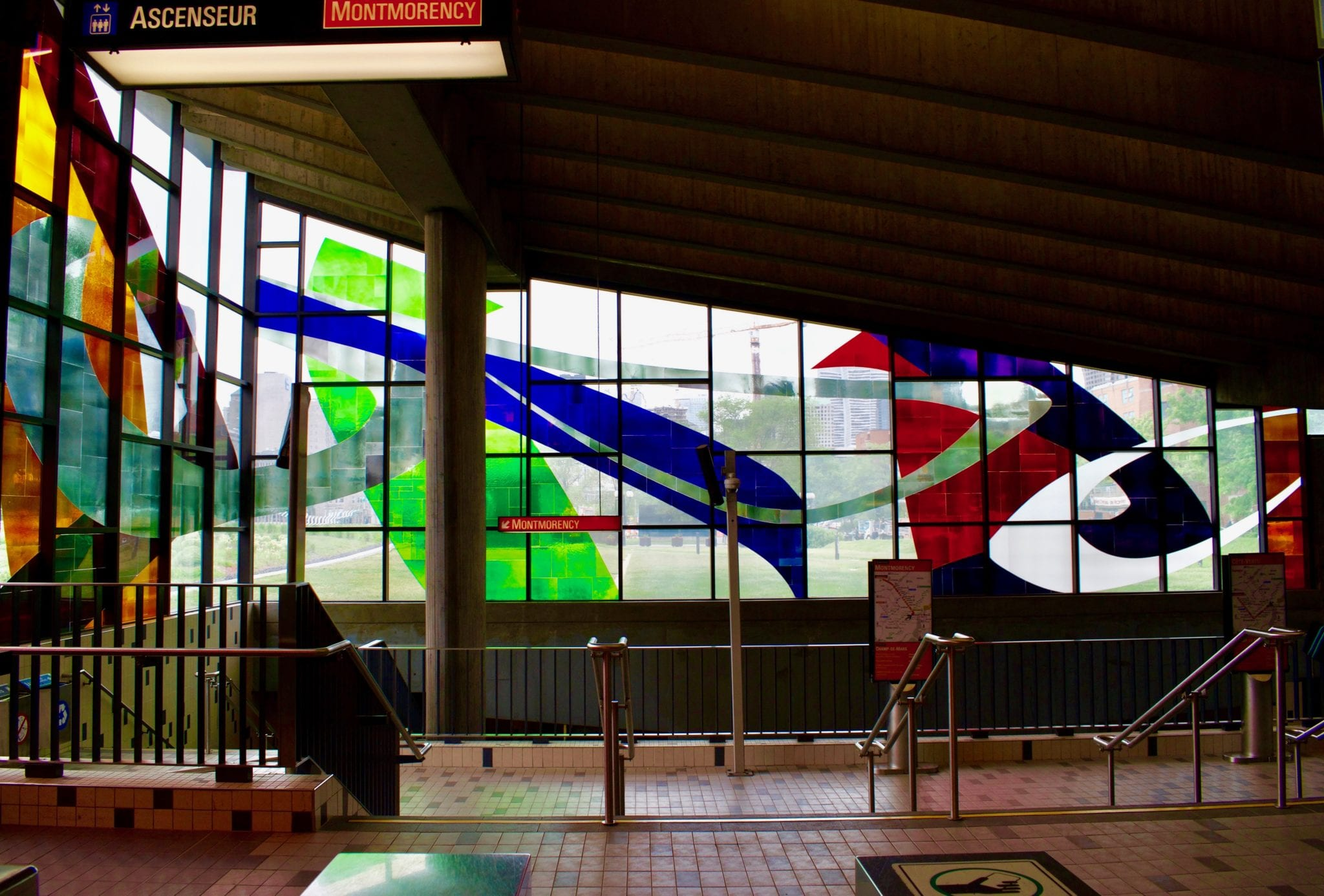 Glass work by Marcelle Feron in the Montreal Metro   © Chelsie Evans