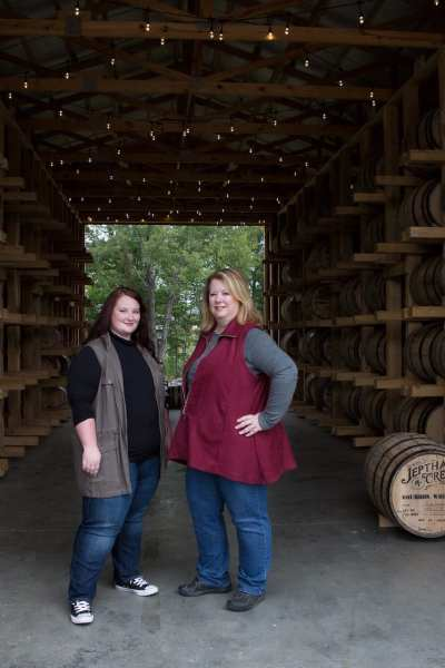 Mother-daughter (Autumn and Joyce Nethry), owners of Jeptha Creed Distillery | © Sarah Jane Sanders