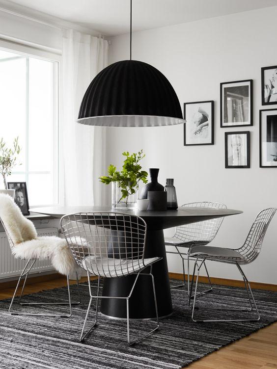 chaise bertoia 3