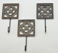 Examples Of Using Decorative Wall Hooks To Inspire You | A ...