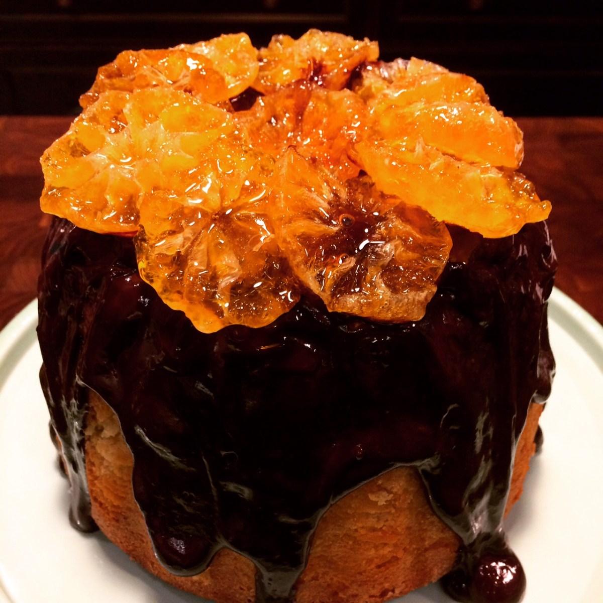 Gâteau gourmand au chocolat, clémentine et pâte d'amande