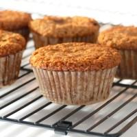 Muffins au quinoa soufflé et aux flocons d'avoine sans farine
