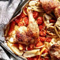 Cuisses de poulet aux graines de coriandre et à la menthe sur légumes confits